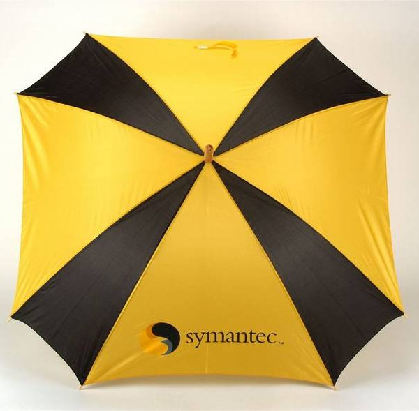 מטריה מרובעת
