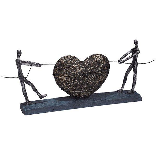 פסל אומנותי אהבה במשיכה