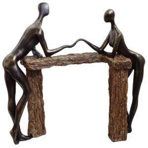 פסל אומנותי יד ביד