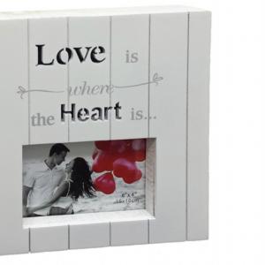 מסגרת עץ לתמונה אהבה