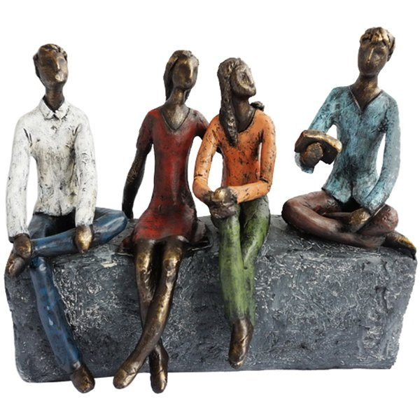 """פסל """"חברים"""""""