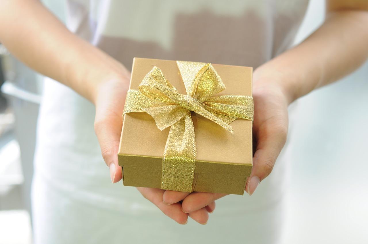 מתנות ממותגות למסיבת רווקות
